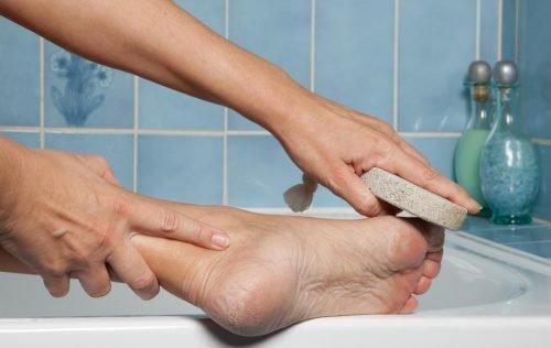 Мытье ног