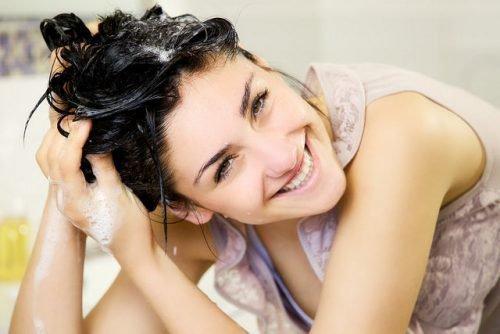 Себорейный дерматит на лице: лечение, мази, кремы, народные средства