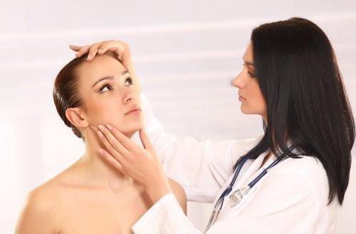 У дерматолога