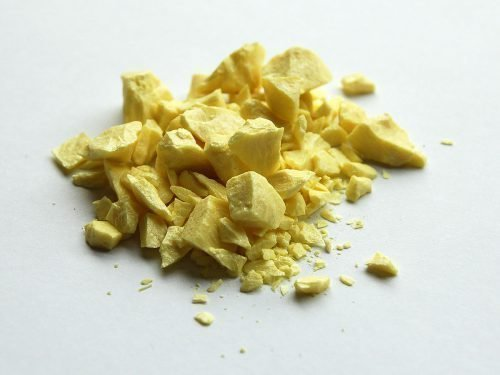 Чистая желтая сера