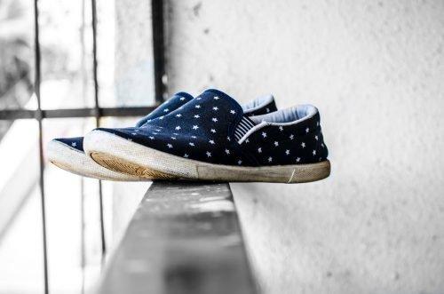 Обувь с плоской подошвой