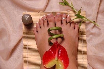 Педикюр ног